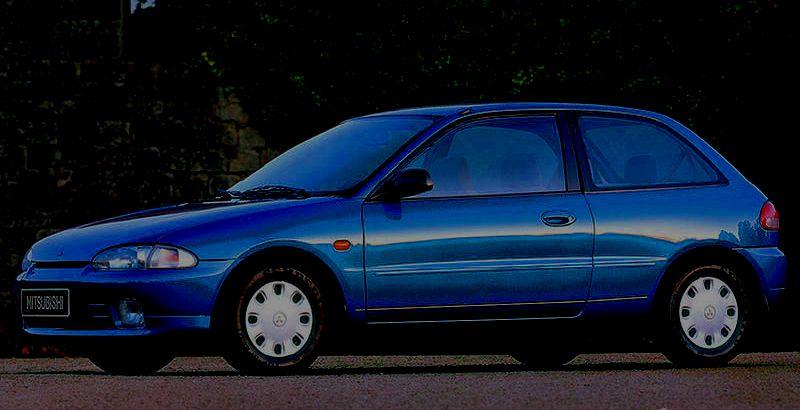 mitsubishi-colt-1994g-remont-zamka-bagazhnika